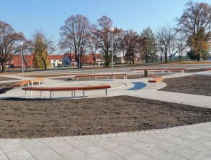 Zelené náměstí - rekonstrukce centrální plochy vč. výstavby přilehlých komunikací - dokončení